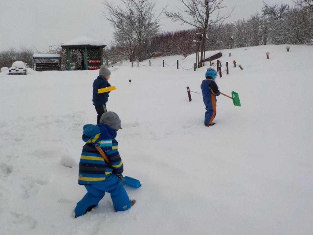 hry se sněhem 2