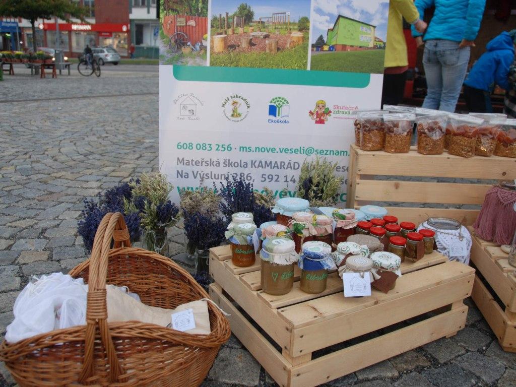 Školička na Žďárských farmářských trzích 3