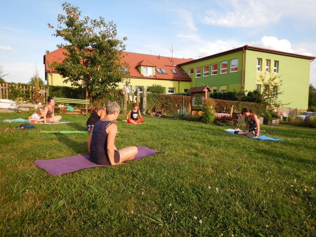 cvičení jóga 8