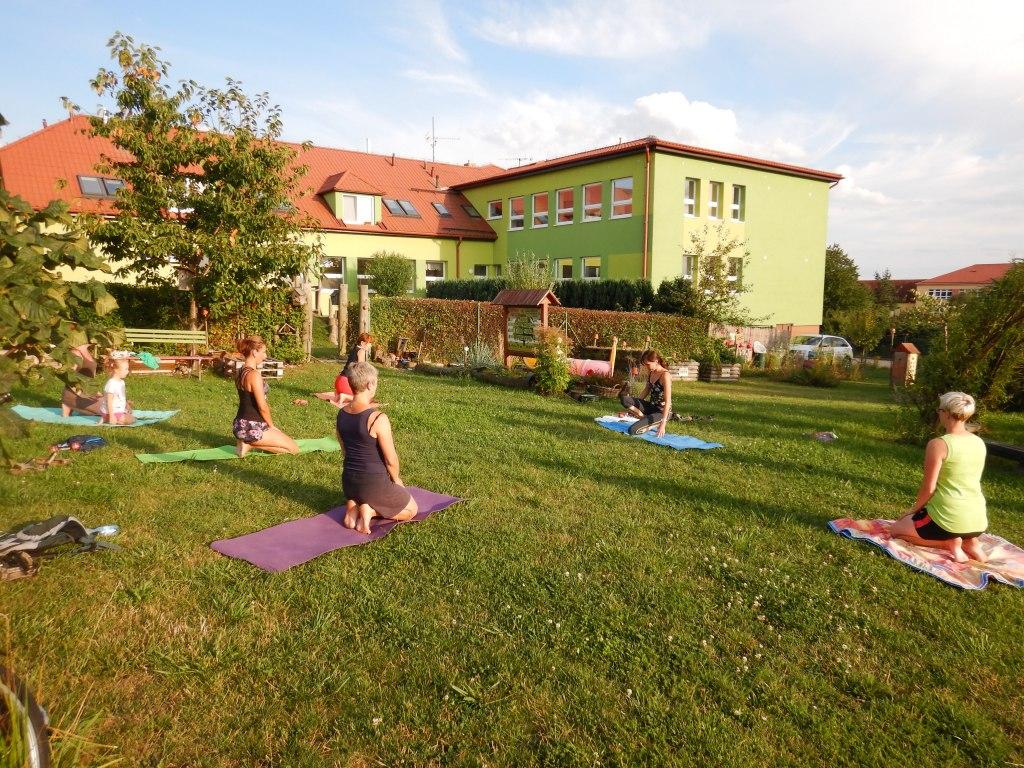 cvičení jóga 11