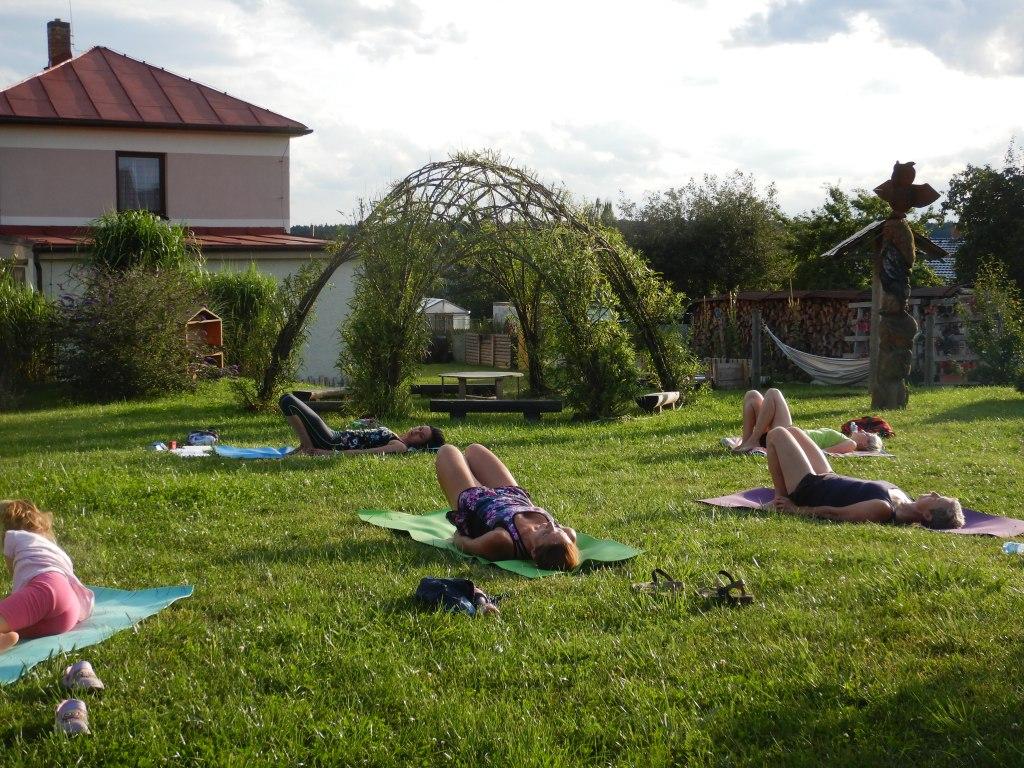 cvičení jóga 14