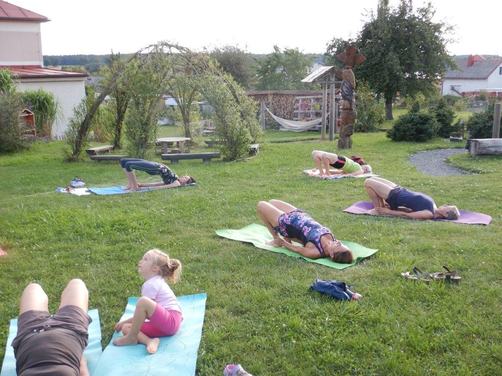 cvičení jóga 16