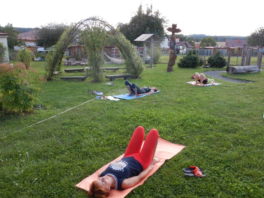 cvičení jóga 17