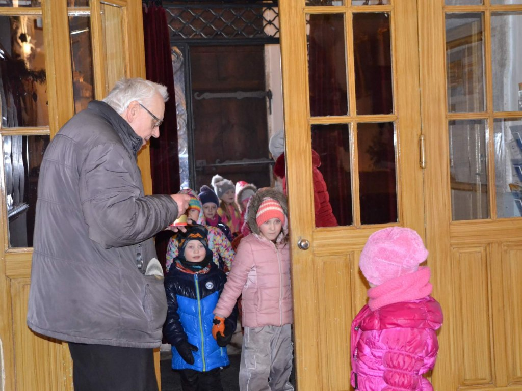 Návštěva výstavy betlémů v kostele sv. Václava 4